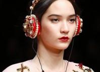 corona auricular dolce gabanna